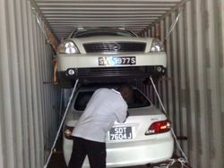 Car Stuffing in container from dubai