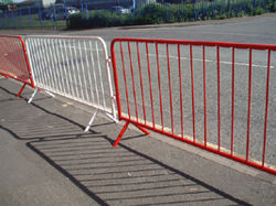 Steel Crowd Barricades, Police Type Barriers Q Poles Queue M ...
