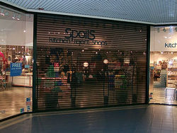SHOP FRONT SHUTTER - POLYCARBONATE/PERFORATED