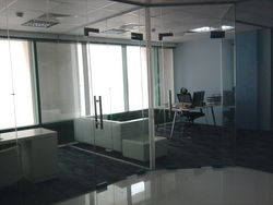 frameless door & partition