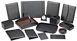 LEATHER ACCESSORIES IN UAE