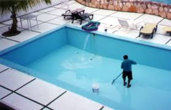 SWIMMING POOL MAINTENANCE IN UAE