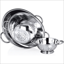Deep Colander with pipe Handles