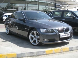 car dealers in dubai