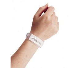 Patient identification wristlet and level