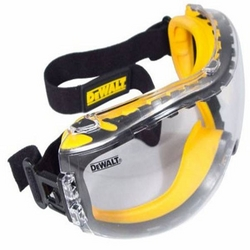 SAFETY EARMUFFS DEALERS AND SUPPLIERS IN ABUDHABI from AL BANOOSH TRADING