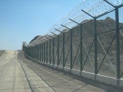 Chainlink Wire Mesh Fencing, Fencings, Fence Suppliers, Contractors in Dubai, UAE, Africa, Somalia, Oman, Iran, Tanzania, Ghana, Uganda, Ethipia