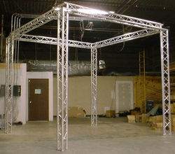 ALUMINIUM Steel Stainless SS Exhibition Event Light Audio Video Truss Corners Tee Base Barriers, Mojo for Hotels, Concerts, Suppliers, Exporters, Dealers in UAE, Dubai, Abu Dhabi, Africa, Muscat, Qatar, Kenya, Tanzania