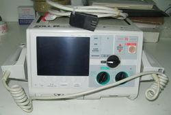 Defibrillator/Monitor in Dubai