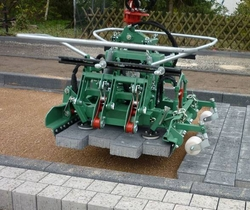 Interlock Paver Laying Clamps Earthmoving Machine