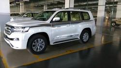 Toyota Land Cruiser GXR 200  4.5 L Diesel