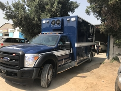 Fuiiy Equipped Ford Super Duty F550 Ambulance
