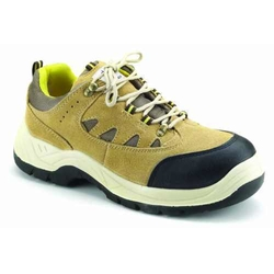 Sports Safety Shoes in Dubai
