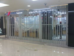 SLIDING FOLDING DOORS IN UAE