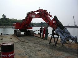 HYDRAULIC EXCAVATOR MOUNTED DREDGING PUMP Supplier in Abu Dhabi