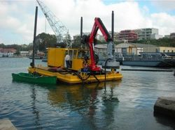 DREDGERS WITH TELESCOPIC BOOM