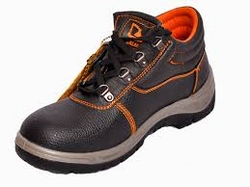 Vaultex shoes suppliers in uae from ADEX INTL  PHIJU@ADEXUAE.COM/0558763747/0564083305