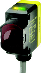Banner Midsize Photoelectric Sensors in uae from EXCEL TRADERS