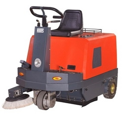 Roots RB100 Road Sweeper In uae from  AL NOJOOM CLEANING EQUIPMENT LLC