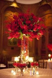 Customized Flower Arrangement Dubai from BLOSSOM AVENUE
