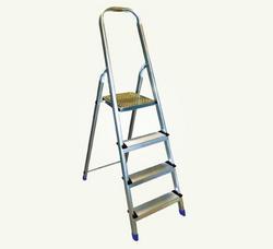 Platform Step Aluminium Ladder In Oman from AL RAFAAH INTERNATIONAL LLC
