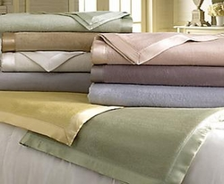 Acrylic Blankets for Hotels from GOLDEN DOLPHINS SUPPLIES