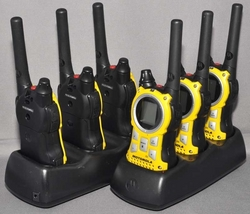 Radio Walkie Talkie from PON SYSTEMS L.L.C.