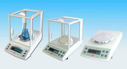 WEIGHING SCALES from AL MUHTARIF CALIBRATION L.L.C (AMCALIBRATION)