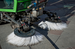 SWEEPING BRUSHES UAE from ATRADINGS