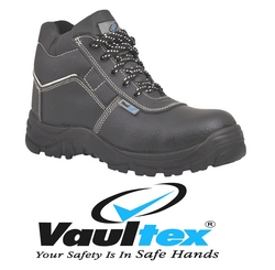 SAFETY SHOES IN UAE from SOUVENIR BUILDING MATERIALS LLC