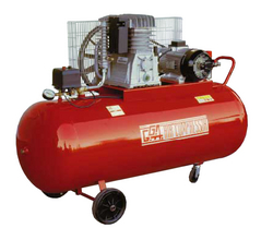 200 LTR AIR COMPRESSOR GG520/A IN UAE