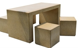 Concrete table and chair manufacturer in Dubai