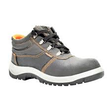 safety shoes from BRIGHT WAY HARDWARES in ABU DHABI, UNITED