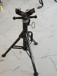 Macstroc V Head pipe stand