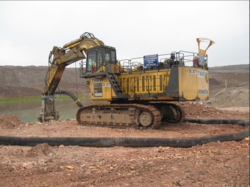 SUBMERSIBLE DREDGE PUMPS FOR WELL DRILLING