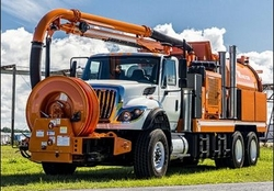MUD EXTRACTION AND TRANSFER VACUUM TRUCK