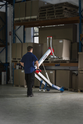 POWERED HAND TRUCK FOR PALLET STACKING