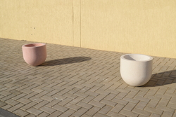 Planter pot Supplier in UAE from DUCON BUILDING MATERIALS LLC