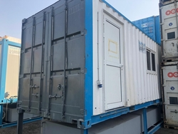 Portable toilet for hire uae from BLUE FIN HEAVY EQUIPMENT RENTAL LLC